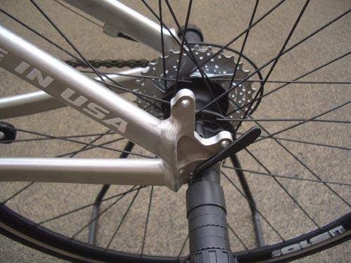 自転車の 自転車 ディスクブレーキ 台座 溶接 : リヤブレーキもフレーム&ハブ ...