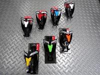 エリート カスタムレース プラス ボトルケージ 本体価格1,620 セルフアジャスト・システムでボトルをしっかりホールドする、ナイロン樹脂製のボトルケージです。 カラー/ブラック×イエロー カラー/ブラック×グリーン カラー/ブラック×オレンジ カラー/マットブラック×ホワイト カラー/ブラック×レッド カラー/ブラック×ブルー カラー/ブラック×ホワイト …[Posted at 17/06/17]