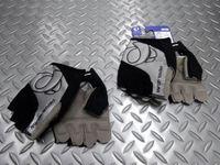 """パールイズミ ルミナス グローブ サイズ/M・L・XL 本体価格¥5,000 手の甲と手の平に"""" 再帰反射 """" を配置。夜間走行の際に視認性をアップさせる 『 ルミナス 』 シリーズのグローブです。 手の甲側。 指部分に通気性の良いメッシュ素材を使用しています。 手の平側。 """" TriD System """"構造は、グローブ全体を手の自然な曲がり方にすることで、装着感に優れハンドルを握りやすくしてい…[Posted at 16/04/18]"""