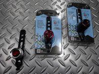 サイクルデザイン ビッグフィッシュアイ サイズ/28×30mm 重量/23g 本体価格¥2,500 ハイパワーLED使用、コイン電池使用のセーフティライトです。レンズ全体がスイッチの快適操作感、 点灯 ⇒ 点滅 ⇒ オフ を繰り返します。 カラー/ブラックアルマイト カラー/レッドアルマイト カラ-/シルバーアルマイト 点灯・点滅 の2モード。  柔軟性のあるシリコンバンドで、シートポストにワン…[Posted at 15/04/16]