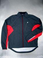 """キャノンデール モーフィスジャケット カラー/GAT(グレーアナトミー) サイズ/S・M・L・X 税込¥12,600 ジャケットもベストもこれ一枚。特殊なマグナット式デザインにより両袖を一体として取外せる"""" 2ウェイ ジャケット """" です。天候の変化や体温調節に素早く対応できます。両サイドポケット、胸ポケット、バックポケットは全てジッパー付きで安心です。 バック スタイル。 生地は、2.5層ラミ…[Posted at 12/12/09]"""