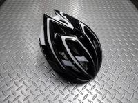 """キャノンデール テラモ  ヘルメット カラー/BKWT(ブラック/ホワイト) サイズ/S-M (52~58cm)      L-XL(58~62cm) 本体価格¥11,000 ロード&MTB、ともに使える万能ヘルメット 『 テラモ 』 が新たなグラフィックで再登場です。 新発想の2層構造EPSフォーム。 強度の異なるEPS(発砲ポリスチレン)を2層に重ねた新発想の """" ピーク・プロテクション """"…[Posted at 14/02/10]"""