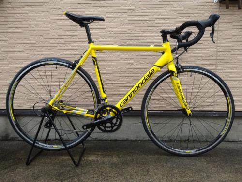 """キャノンデール CAAD8 SORA カラー/Cdale Yellow w / Jet Black & Steolth Groy Accentes Gloss サイズ/54 本体価格¥115,000 キャノンデール ロードバイクのエントリーモデルである """" CAAD 8 (キャド エイト) """" 。 独自のアプローチで進化を遂げています。チェーンステーとシートステーに、サスペンションのような衝撃減…[Posted at 14/08/11]"""