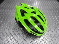 """キャノンデール テラモ ヘルメット カラー/GRB(グリーン×ブラック) サイズ/S・M(52~58cm) L・XL(58~62cm) 本体価格¥12,000 快適で軽量、抗菌性も併せ持つキャノンデールの高性能ヘルメット。一日中被っていてもズレにくく快適な着用感を提供します。 2層構造EPSフォーム。  強度の異なるEPS(発砲ポリスチレン)を2層に重ねた新発想の """" ピーク・プロテクション """"…[Posted at 17/09/09]"""