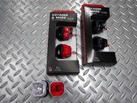 ブラックバーン ヴォイジャー&マーズ クリック コンボ カラー/ホワイト・レッド・ブラック 重量/各30g(電池含) 本体価格¥2,700 プッシュボタン、シリコンバンドを組み合わせた、高輝度白色&赤色LDEを2灯使用した、コンパクトライト。フロント・リアのコンボセットです。 CR2032 コイン電池2個使用します。 点灯70時間・点滅140時間 使用可能です。 柔軟性のあるシリコンバンドで、ハ…[Posted at 14/10/17]