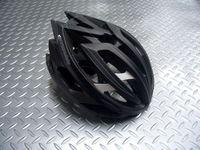 """キャノンデール テラモ  ヘルメット カラー/BLS(マットジェットブラック×シルバー) サイズ/S-M (52~58cm)      L-XL(58~62cm) 税込¥11,550 『 より安全に、軽量に 』 をコンセプトに、キャノンデールオリジナルのヘルメットが新登場。 新発想の2層構造EPSフォーム。 強度の異なるEPS(発砲ポリスチレン)を2層に重ねた新発想の """" ピーク・プロテクション…[Posted at 13/06/27]"""