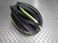"""OGK カブト ガイア- R カラー/マットブラック×グリーン サイズ/M/L 本体価格¥11,000 多くのサイクリストを魅了した """" GAIA """" が充実の機能で復活しました。 19個のベンチレーションによる優れた通気性でヘルメット内は常に快適です。 他のブランドと比べて横幅が広めで日本人の頭に合わせやすいOGKカブトの製品の中でも、最も横幅が広いのがこのガイアです。 前作は当時の最高グレー…[Posted at 15/03/22]"""
