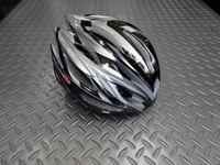 """OGKカブト リガス-2 カラー/ファングガンメタ サイズ/ML 本体価格¥13,500 本格志向からビギナーまで最適なフィット感と機能性を持つ """" REGAS-2 """"。JCF(財)日本自転車競技連盟公認 ヘルメットです。 バイザーが標準装備されています。 まぶしい日差しが直接目に当たりにくいように、また雨天時には水滴を当たりにくくします。必要に応じてワンタッチで脱着可能で、ロードでもMTBでも…[Posted at 14/06/02]"""