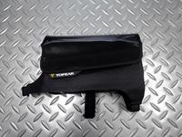 トピーク トライドライバッグ ラージ サイズ/L180×W47×H128mm 容量/0.72ℓ 本体価格¥3,000 ステムとトップチューブに簡単に脱着できる防水ナイロン製の小型バッグです。 中身が取り出しやすい位置に装着でるので、バイクに乗ったまま必要な物を簡単に取り出すことができます。 長めのベロクロストラップと調整幅が広い設計により、様々な形状や寸法のフレームに合わせることが出来ます。 ベ…[Posted at 18/04/29]